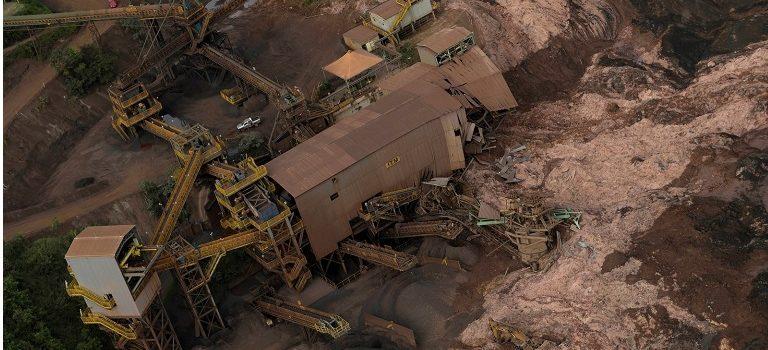 Sobe para 65 o número de mortos em Brumadinho (MG); 279 estão desaparecidos