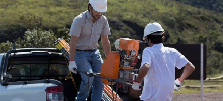 O trado mecânico na pesquisa mineral